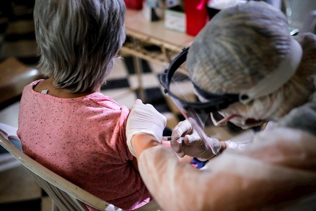 vacuna de atrazeneca