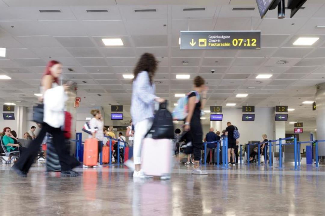 El Cabildo presiona para la ejecución de la nueva terminal del aeropuerto Tenerife Sur