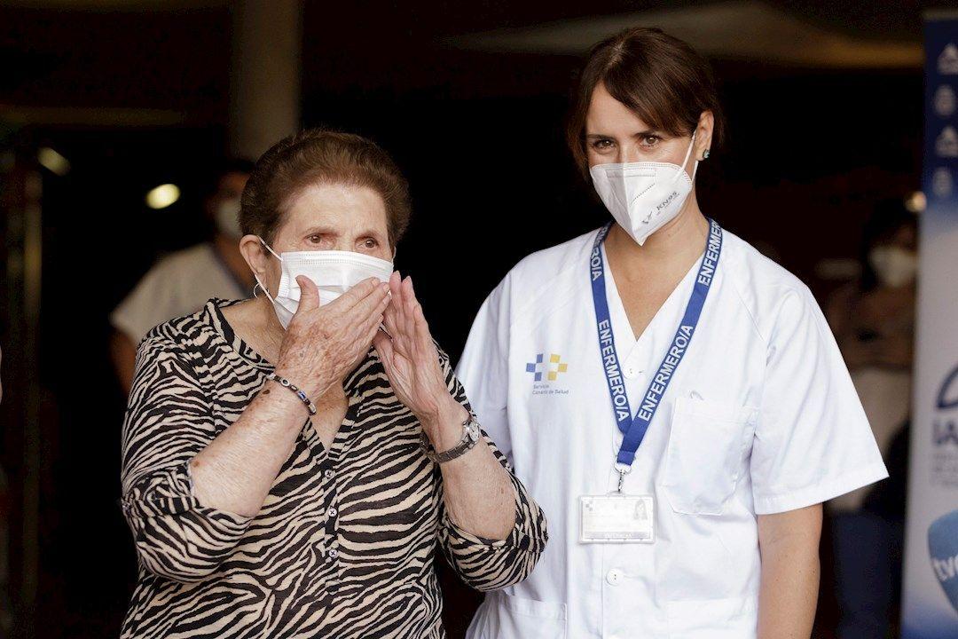 anatolia vacuna covid tenerife