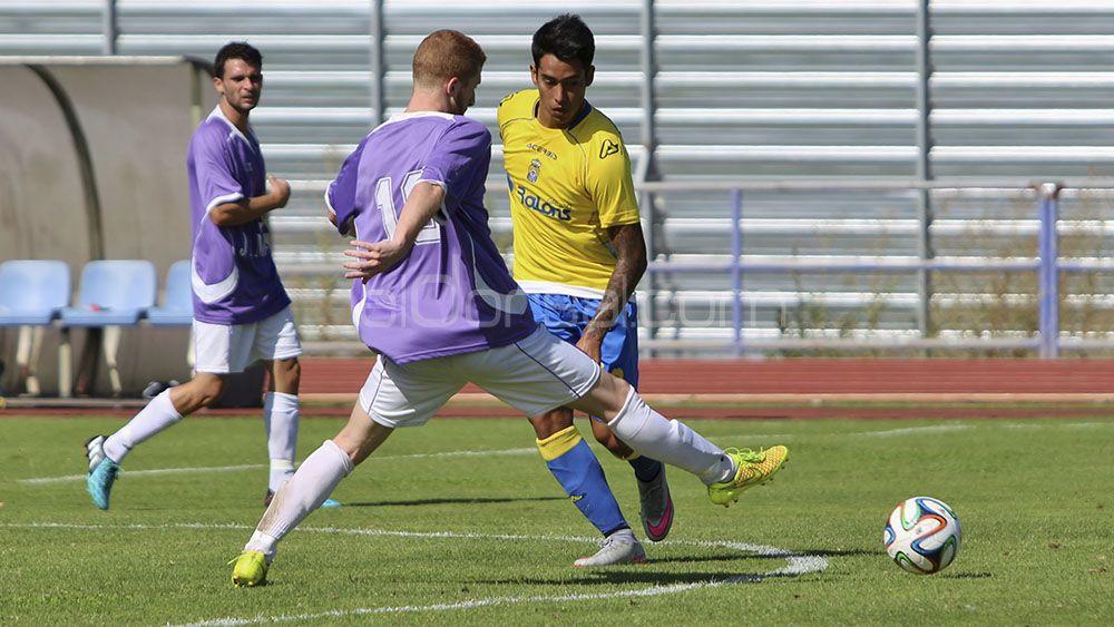 El jugador de la UD Las Palmas, Araujo, denunciado por negarse a hacer un control de alcoholemia