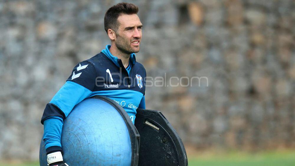 Falcón disputará sus primeros minutos en el Heliodoro con el CD Tenerife