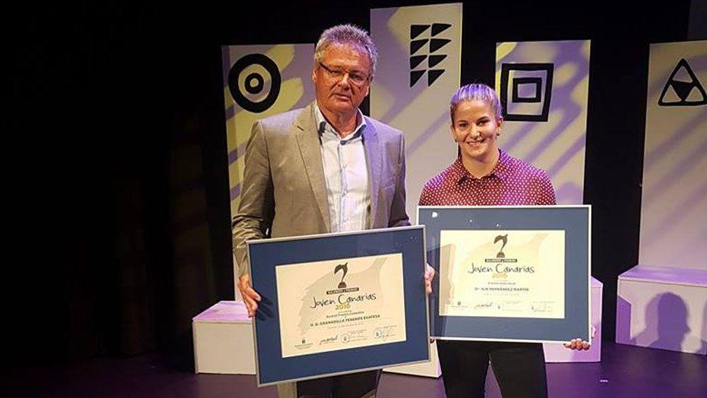 La UDG Tenerife recibe el Áccesit al 'Premio Joven 2016'