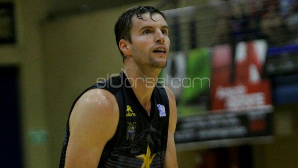 """Aaron Doornekamp: """"Debemos practicar un baloncesto más fácil"""""""