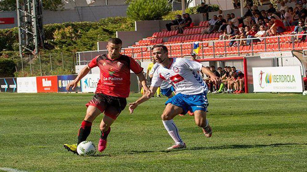 Ale González se estrena como goleador del Mensajero con un doblete