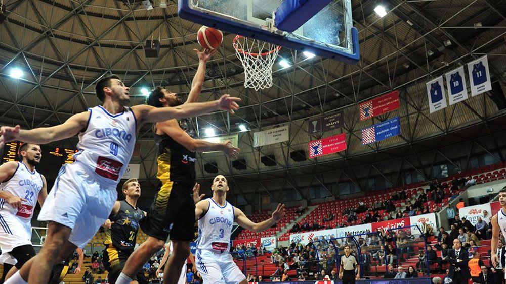 Iberostar Tenerife se estrena de forma brillante en la Champions League
