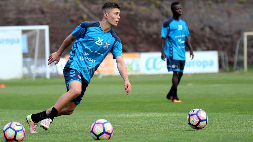 Cristo González necesita continuidad en el CD Tenerife