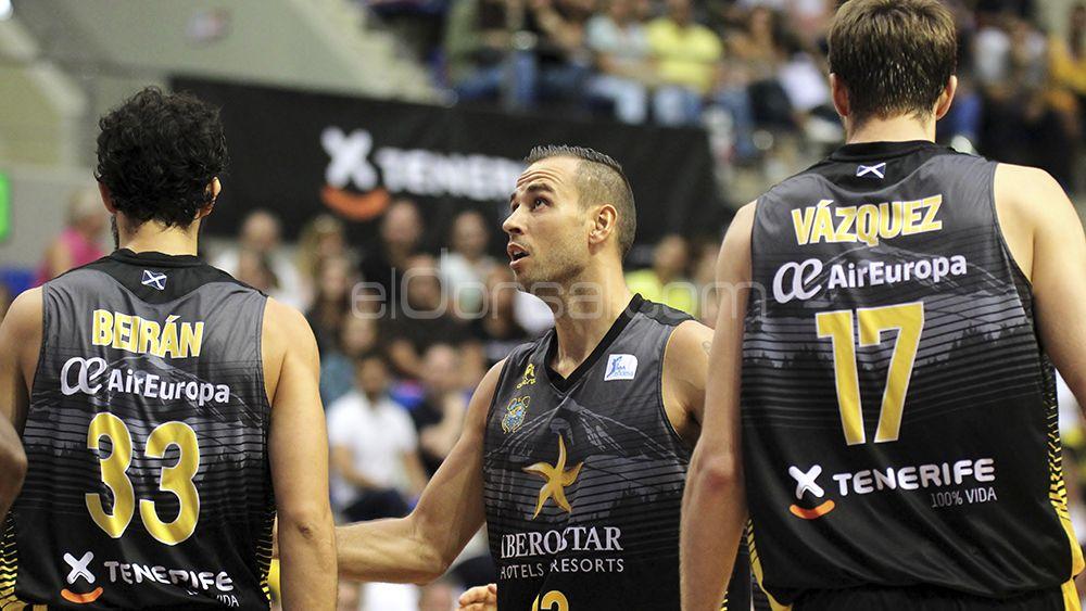 La primera derrota del CB Canarias , en imágenes