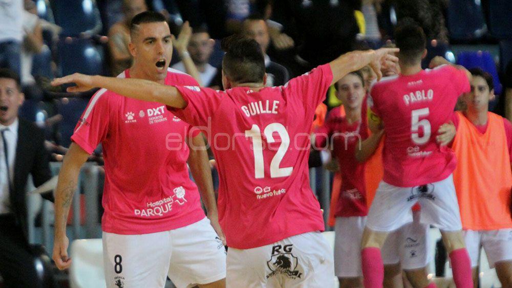 """Joseba """"pichichi"""" Yenes seguirá marcando goles con el Tenerife Iberia Toscal"""