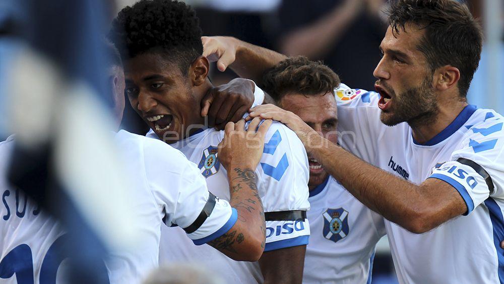 Celebración del gol de Choco Lozano
