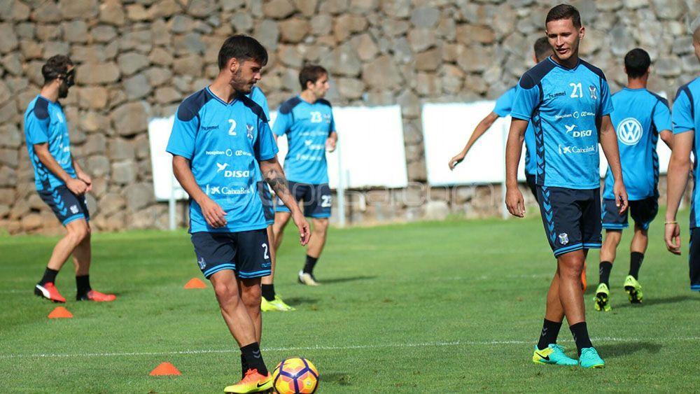 Edu Oriol y Jorge Sáenz regresan a la lista de convocados del CD Tenerife