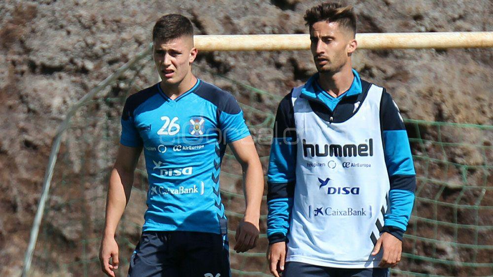 Un once inédito en el CD Tenerife para conquistar la cuarta plaza