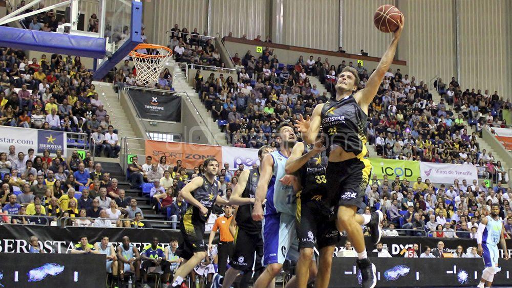 La victoria del Iberostar Tenerife ante el Estudiantes , en imágenes