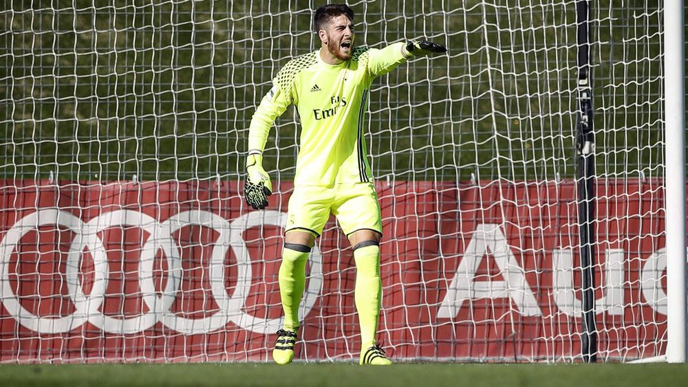 Carlos Abad vuelve al once del Real Madrid Castilla con una balsámica victoria