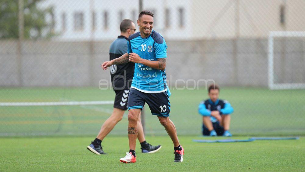 Suso Santana renueva con el CD Tenerife hasta 2018