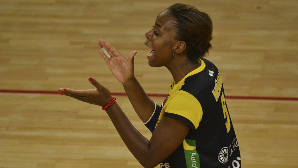La jugadora del CV Aguere, Belly Nsunsuimina, mejor atacante de la jornada