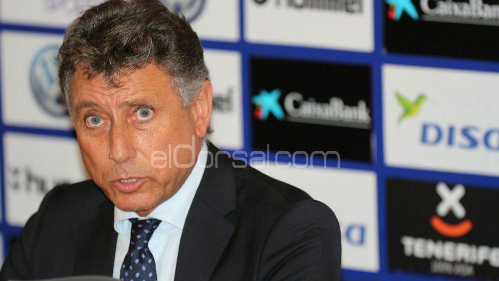 "Pérez Borrego: ""Haremos un último esfuerzo para que Cristo González renueve con el CD Tenerife"""