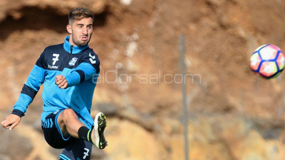 """Omar : """"Si no tengo los minutos que deseo en el CD Tenerife, tendré que buscar otra cosa"""""""