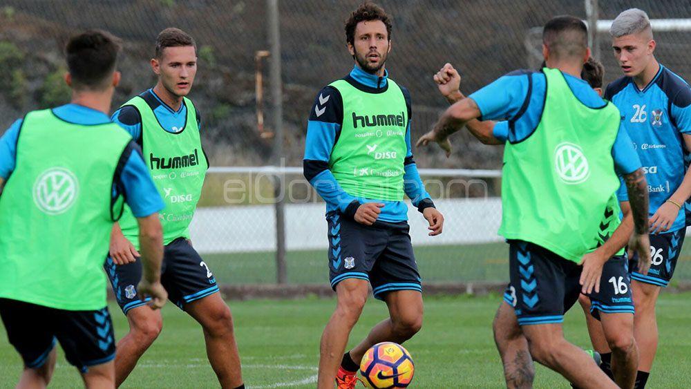 La afición del CD Tenerife quiere a Germán en el once inicial