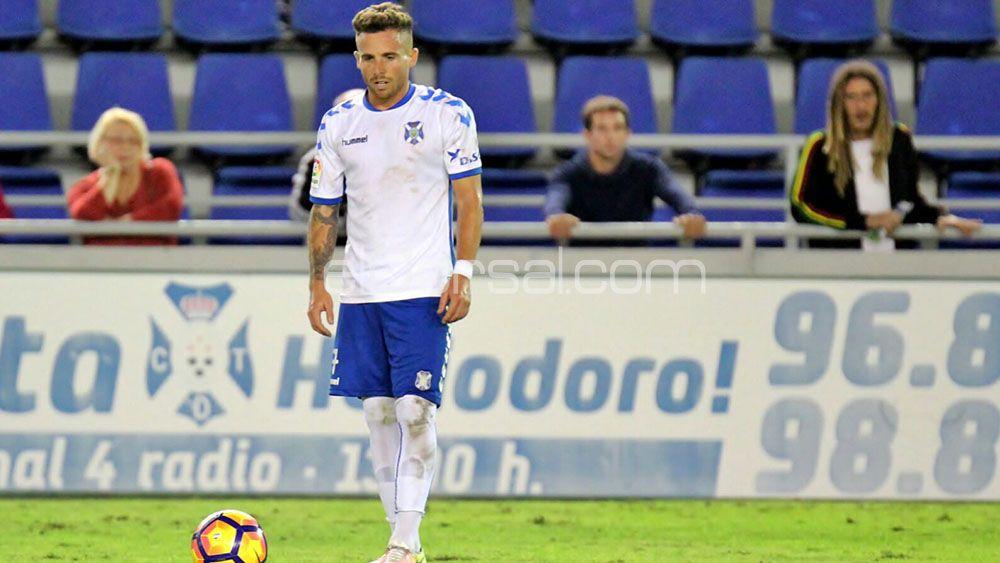 """Aarón: """"Ojalá renueve con el CD Tenerife, significaría que están contentos con mi rendimiento"""""""