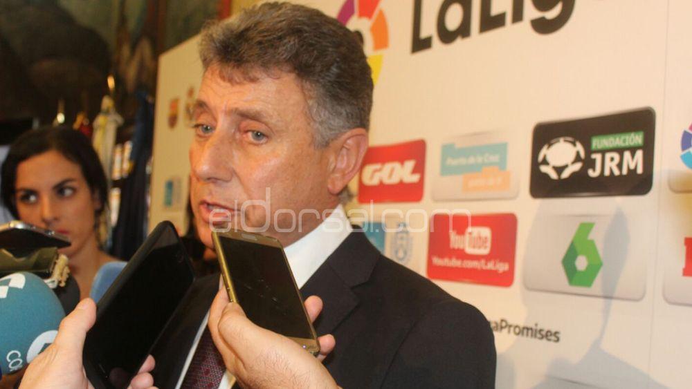"""Pérez Borrego: """"Al menos esperamos incorporar dos jugadores más"""""""