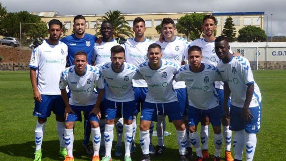 El Tenerife B prolonga su buen momento a costa de un combativo Marino