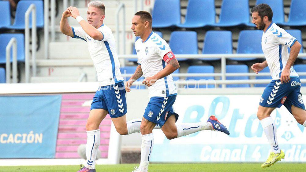 Los goles de Cristo y Amath para dar el triunfo al CD Tenerife ante UCAM Murcia