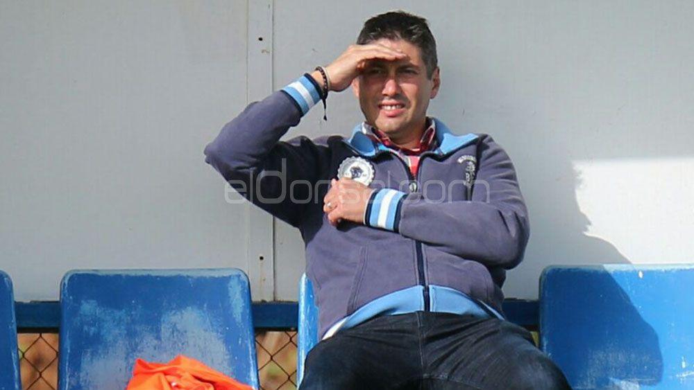 Alfonso Serrano trabaja en cuatro frentes para reforzar al CD Tenerife