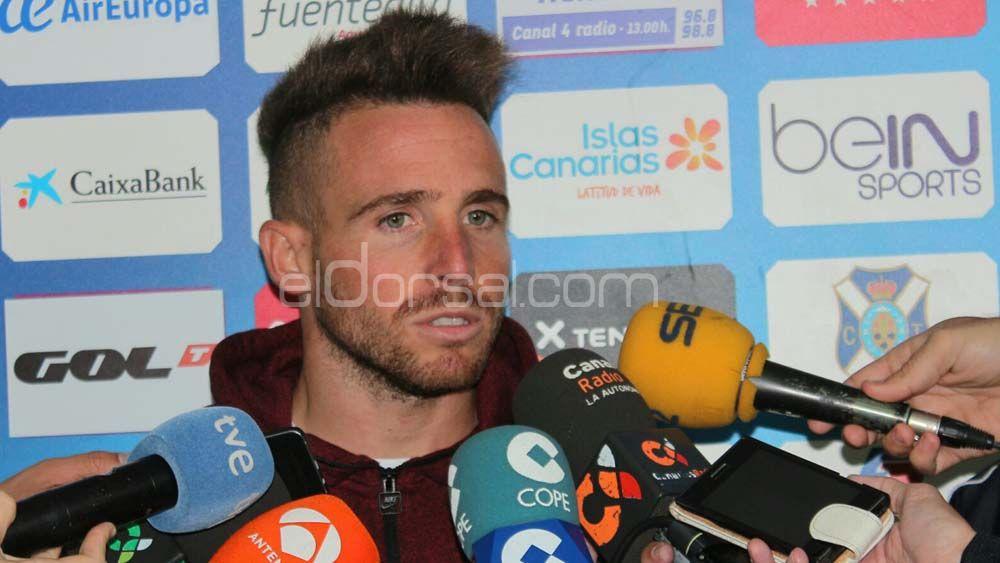 """Aarón Ñíguez: """"Tengo la asignatura pendiente de hacer algún gol, es lo que me exijo"""""""