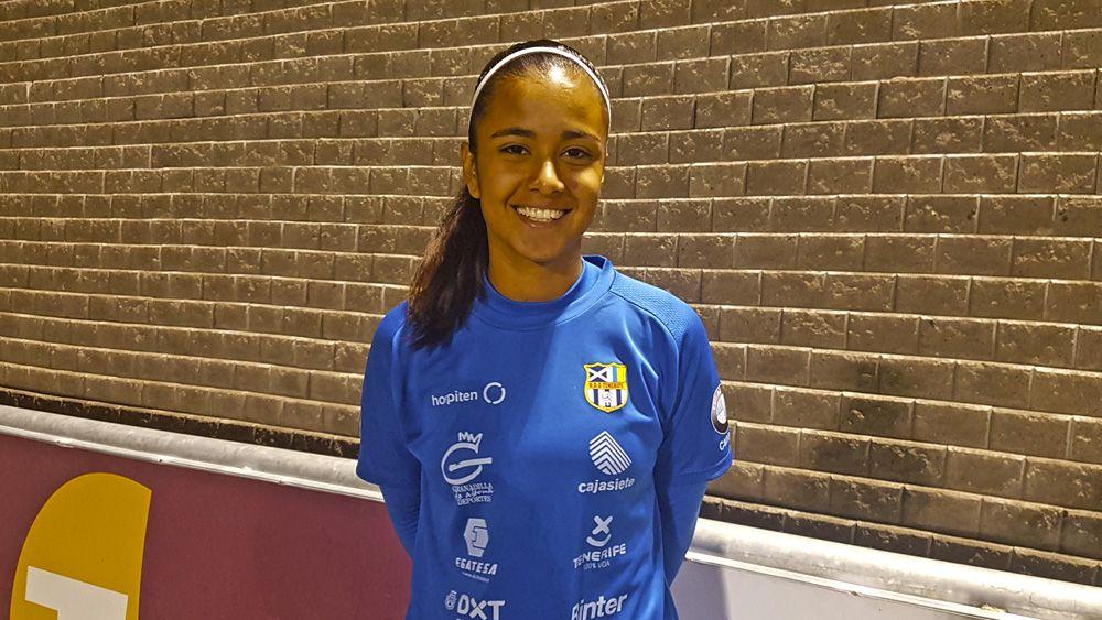 "Wanda Gómez, ""muy feliz"" en la UDG Tenerife"
