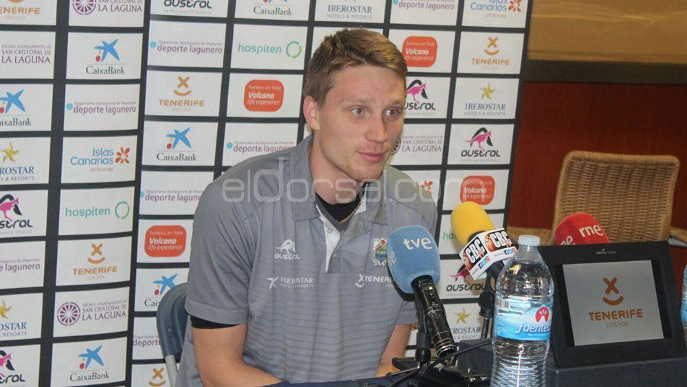 """Marius Grigonis: """"Tengo que entrenar para volver a ganarme la confianza del míster"""""""