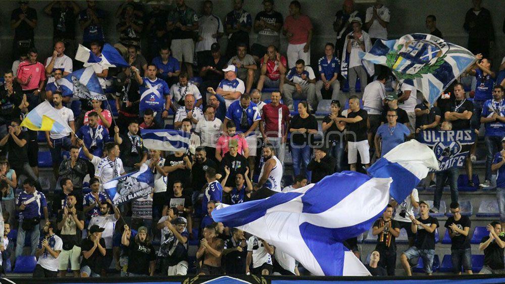 Es el momento de la afición del CD Tenerife