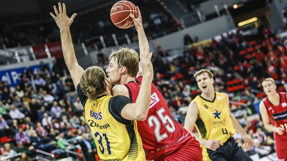Un parcial de 21-4 en el tercer cuarto condenó a Iberostar Tenerife en Zaragoza