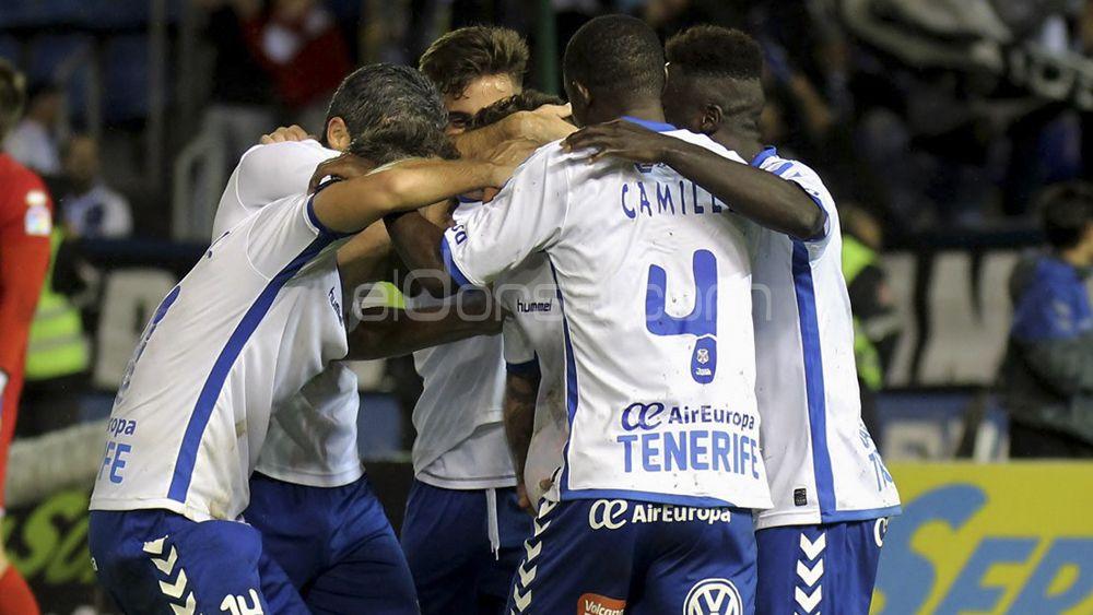 El CD Tenerife firma un año sin perder en el Heliodoro
