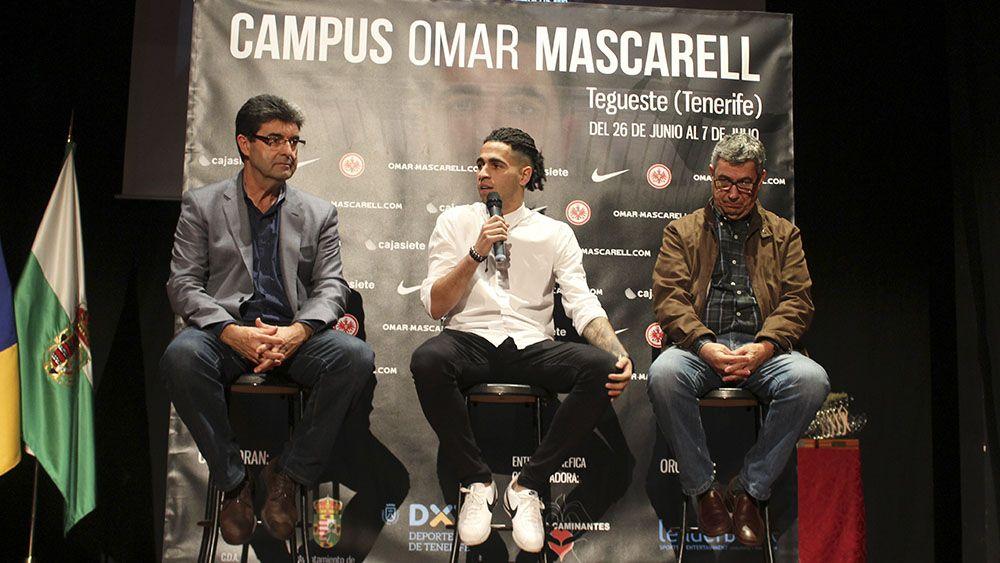 Se inició el Campus de Fútbol Omar Mascarell en la Ciudad Deportiva Los Laureles de Tegueste