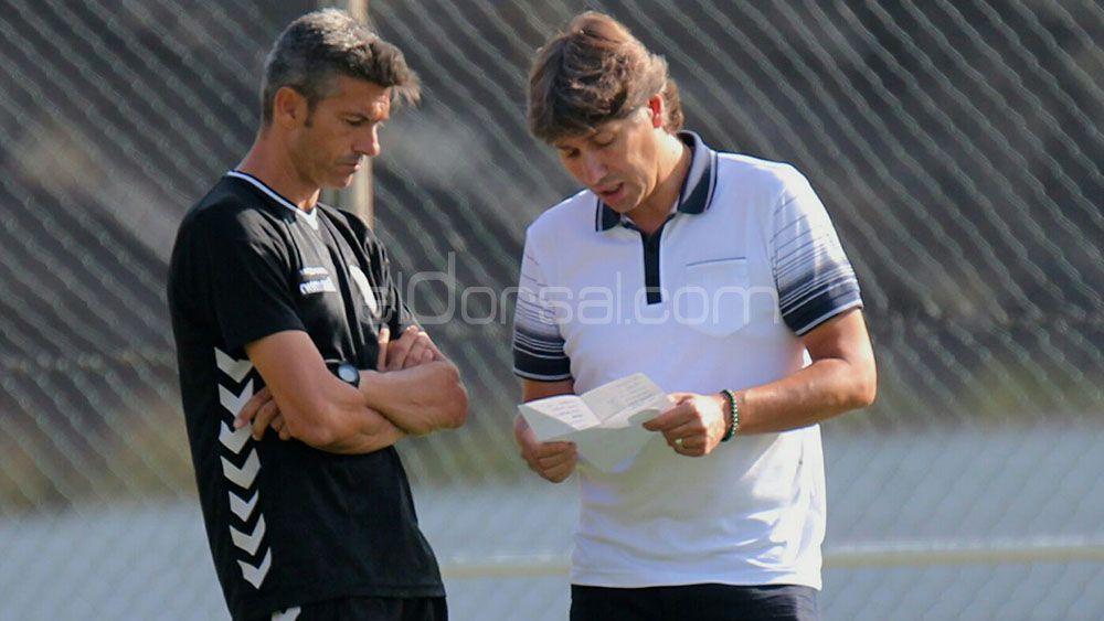 La lista de Serrano y Martí para reforzar la delantera del CD Tenerife