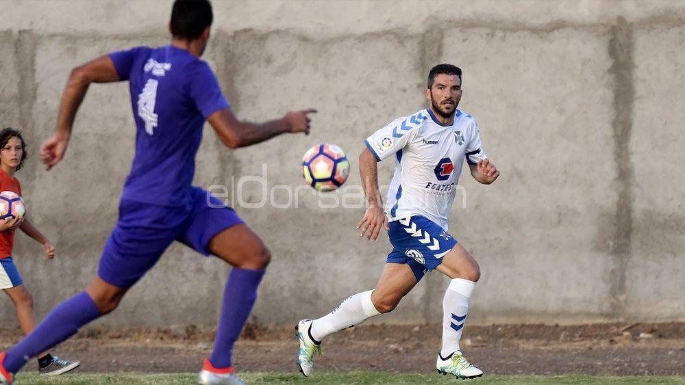 El CD Tenerife se medirá al Raqui San Isidro antes de viajar a Tarragona