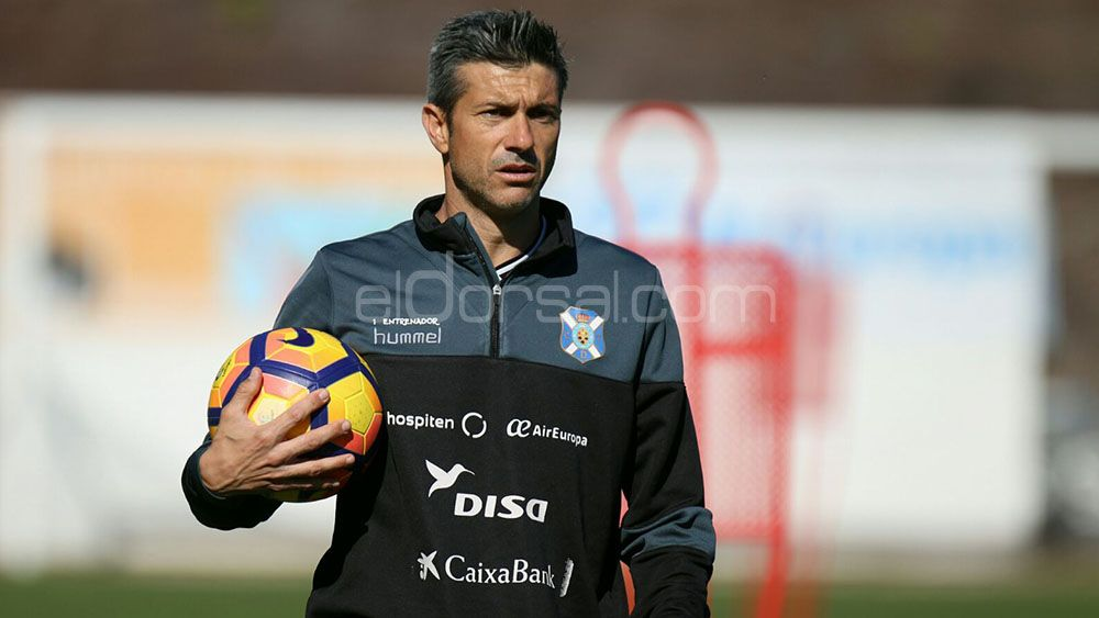 Martí, candidato a mejor técnico del mes en la Liga 1|2|3