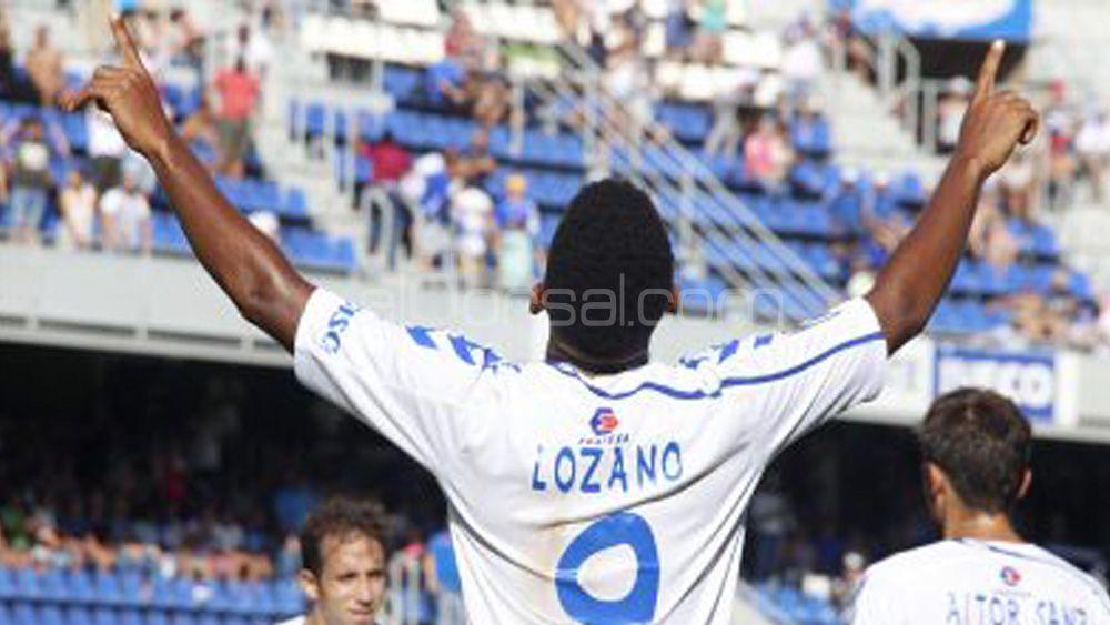 """Lozano: """"Puede que firme por cinco temporadas con el CD Tenerife, pero primero me centro en el playoff"""""""