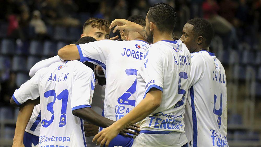 La primera vuelta del CD Tenerife, la mejor desde el último ascenso a Primera