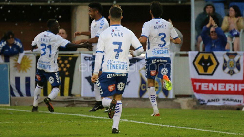 El CD Tenerife, tercer mejor local de la Liga 1|2|3