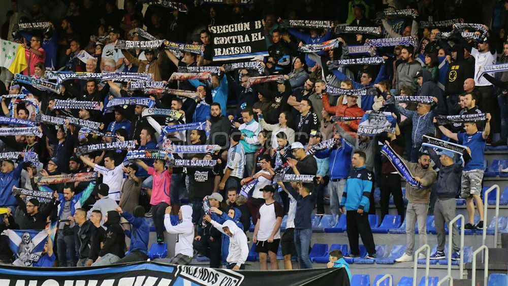 La afición del CD Tenerife, descontenta tras la reunión con Miguel Concepción