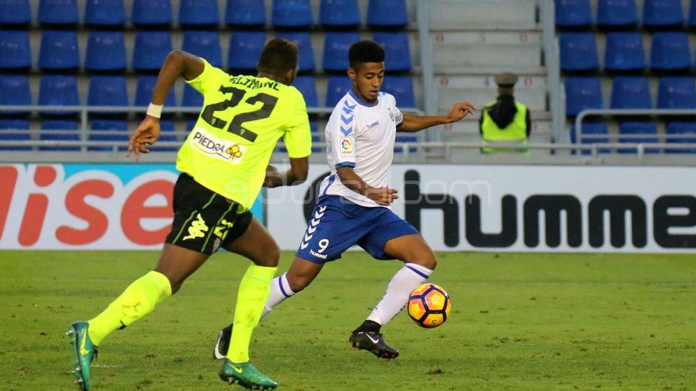 """Lozano: """"En verano recibí ofertas de un equipo de Segunda División y Europa"""""""