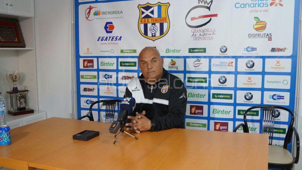 """Ayala: """"La UDG Tenerife tiene crédito como para perder algún partido, los equipos grandes se levantan"""""""