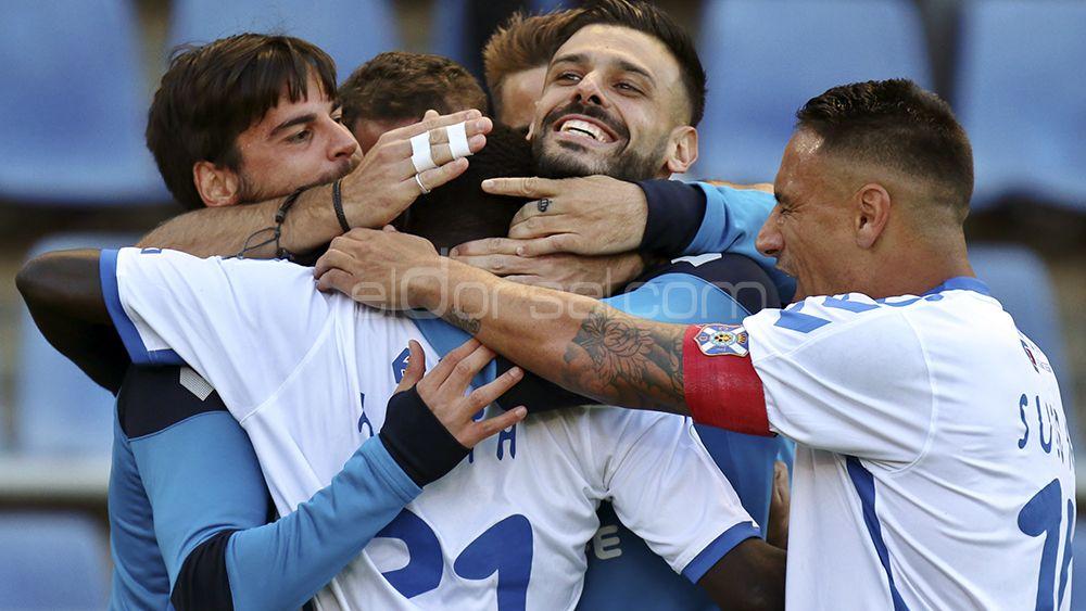 Los blanquiazules celebran el segudo gol de Amath