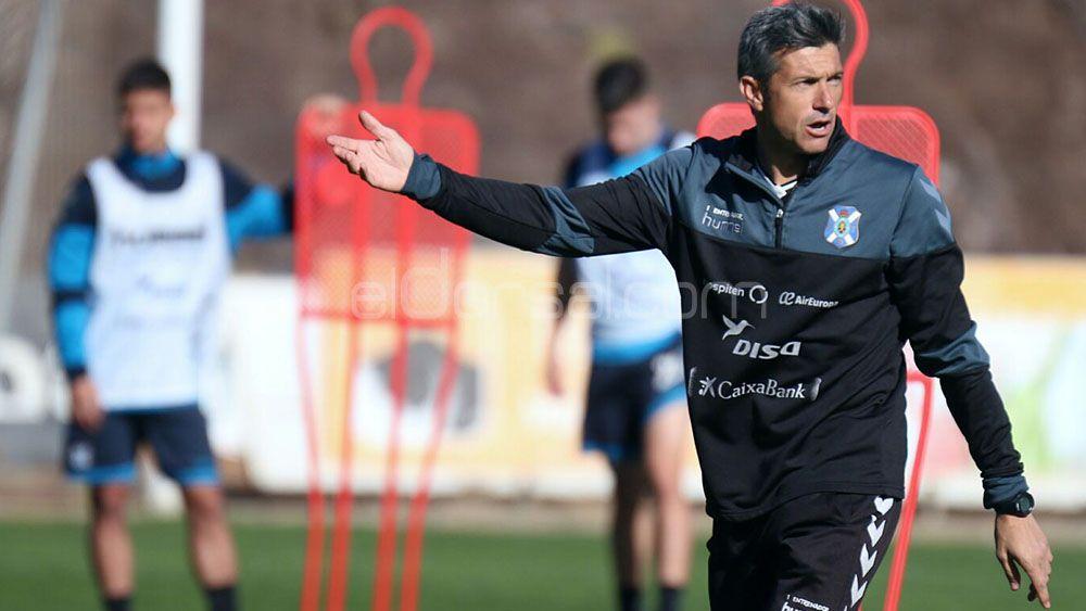 Martí tiene varias alternativas para el lateral derecho del CD Tenerife en Soria