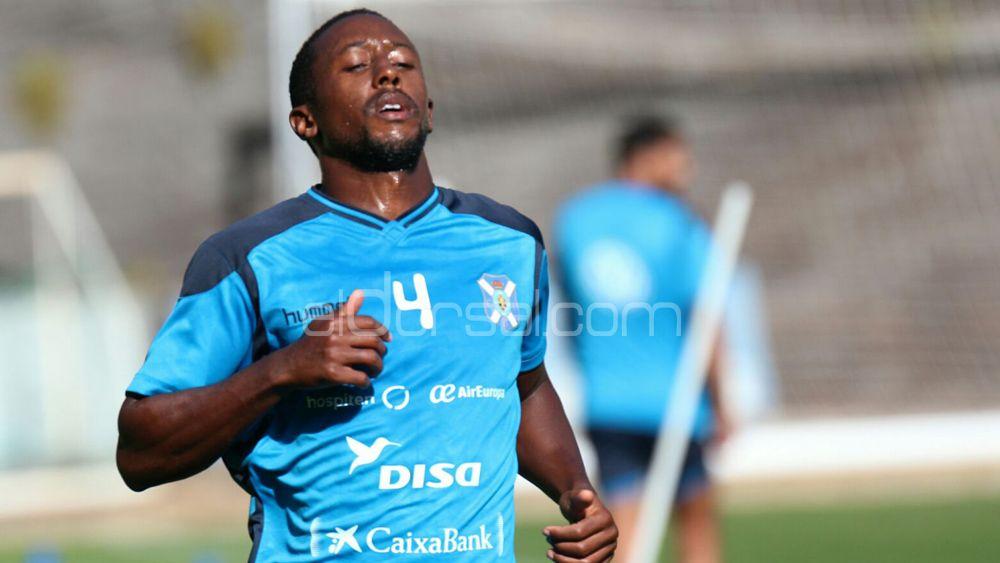 El CD Tenerife 'pierde' a Camille por primera vez en 2017
