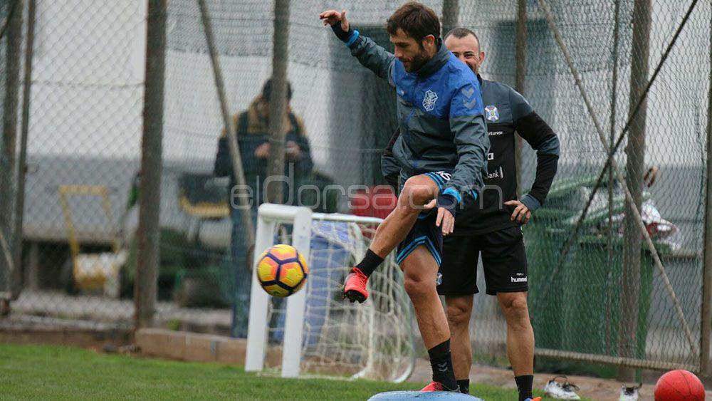 """Aitor Sanz: """"He disfrutado del equipo desde fuera, he visto que los rivales nos respetan"""""""