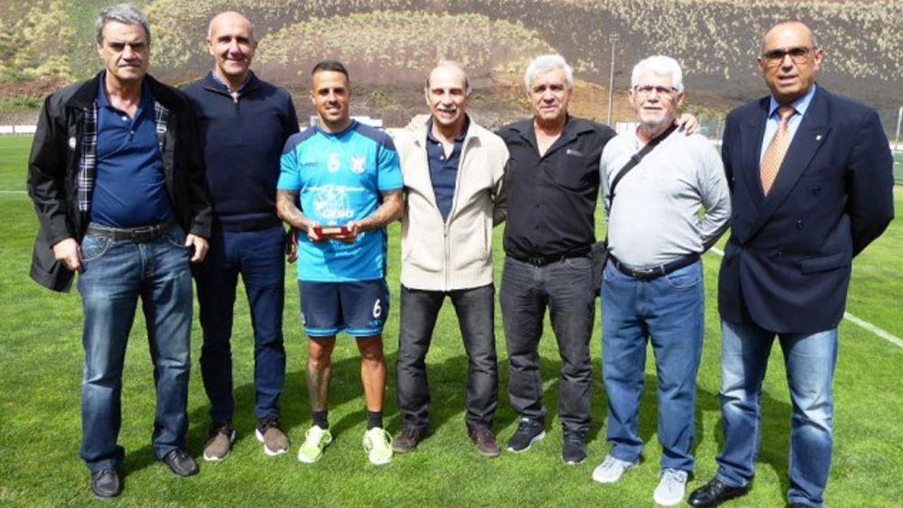 Vitolo, jugador del CD Tenerife más valioso de la temporada 15-16