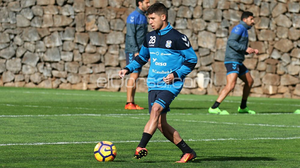 Nahuel entra en la convocatoria del CD Tenerife