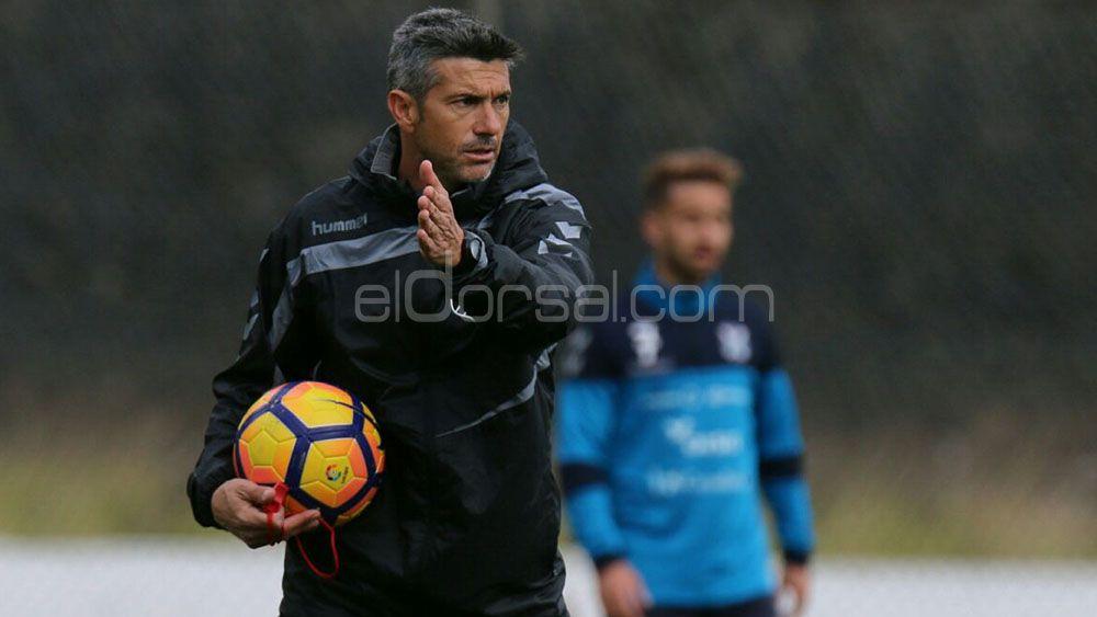 José Luis Martí, en el 'top 10' de entrenadores con más partidos en el CD Tenerife